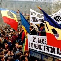 Bucarest - Manifestation contre le pouvoir post-Ceausescu